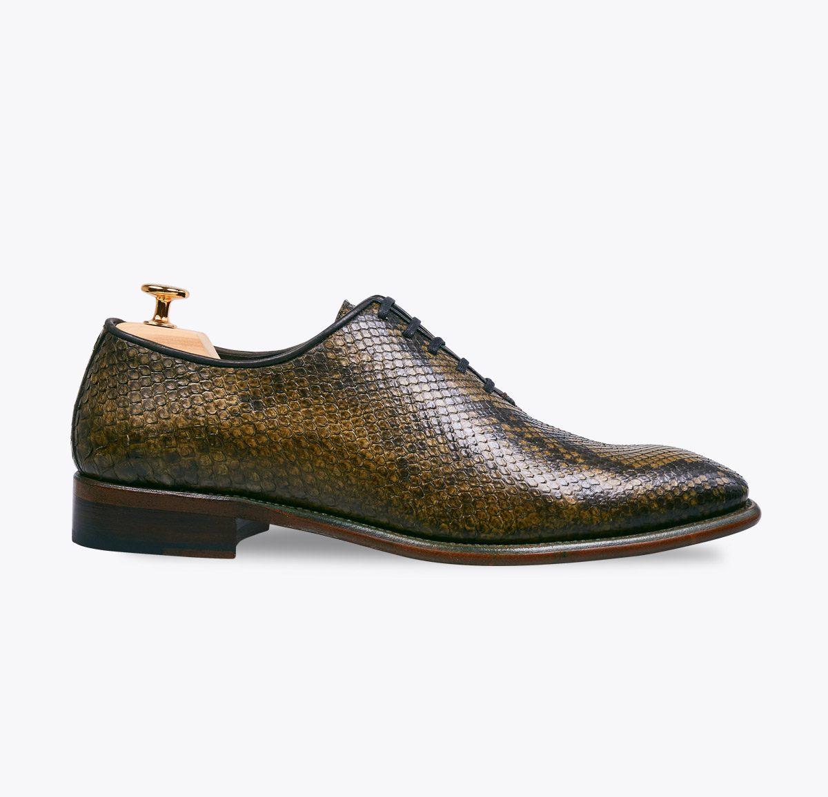 Zapato 0065 pitón verde hecho a mano en mandalashoes, Santanyí Mallorca. Hand made shoes. Nach Mass Schuhe