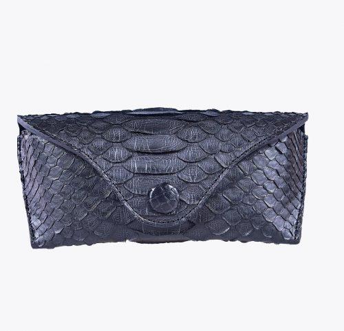 Monedero pitón negro Accesorios y complementos en mandalashoes. Accessories in mandalashoes. Zubehör in Mandalas.