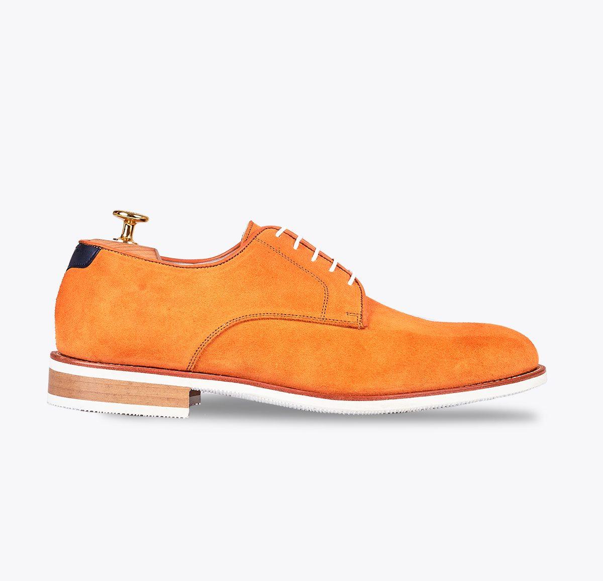 Zapato summer 1 mandarina hecho a mano en mandalashoes, Santanyí Mallorca. Hand made shoes. Nach Mass Schuhe