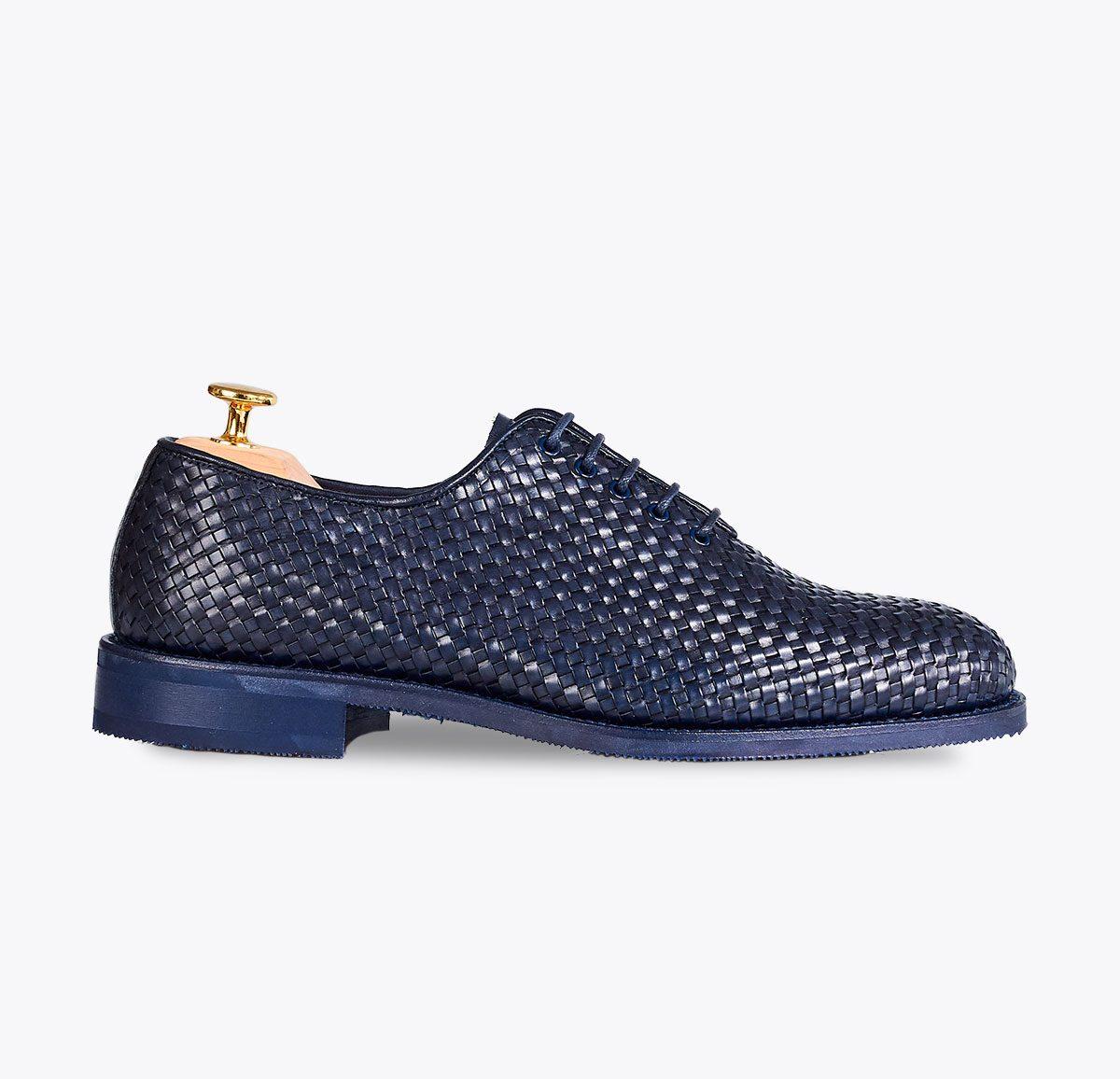 Zapato trenzado azul hecho a mano Santanyí Mallorca
