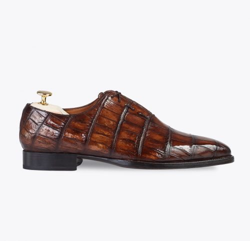 Enterizo cocodrilo calzado hecho a medida en mandalashoes. hand made shoes. Schuhe nach mass